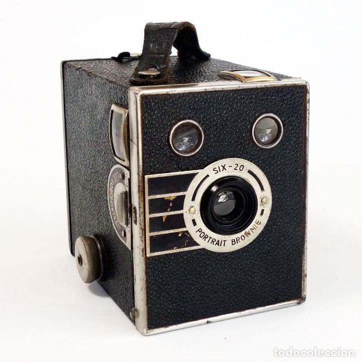 CÁMARA SIX 20 PORTRAIT BROWNIE 1936. ÚNICA EN TC. FUNCIONA (Cámaras Fotográficas - Antiguas (hasta 1950))