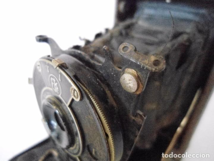 Cámara de fotos: ANTIGUA CAMARA KODAK VEST POCKET MODEL B DE FUELLE - Foto 6 - 162010058