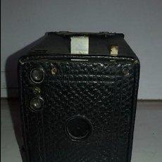 Cámara de fotos: CAMARA KODAK BROWNIE Nº 2, MODELO E. Lote 102078011