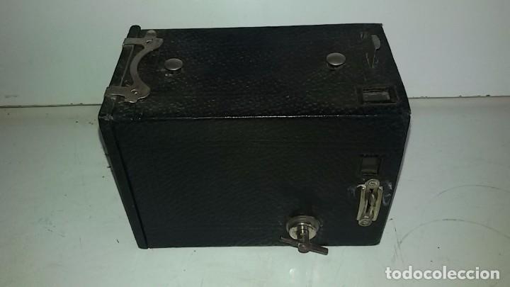 Cámara de fotos: Camara Kodak Brownie nº 2, modelo E - Foto 3 - 102078011