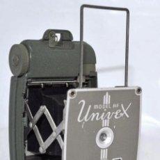 Cámara de fotos: UNICA Y EXCLUSIVA MINIATURA..UNIVERSAL UNIVEX AF, VERDE..USA 1935.MUY BUEN ESTADO FUNCIONA.... Lote 102369107