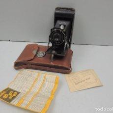 Cámara de fotos: CÁMARA FOTOGRÁFICA DE FUELLE KODAK BROWNIE PLIANT. 5IX-16. EEUU. . Lote 102552307