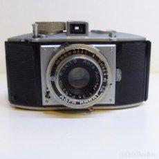 Cámara de fotos: CÁMARA AGFA KARAT EN SU ESTUCHE ORIGINAL. ALEMANIA 1950 - 1959. Lote 104472939