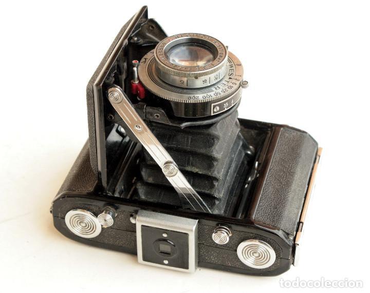 Cámara de fotos: *c1948* • Showa SEMI LEOTAX Reginon f3.5 obturador NKK • Formato medio folder 4,5x6 - Foto 6 - 105212147