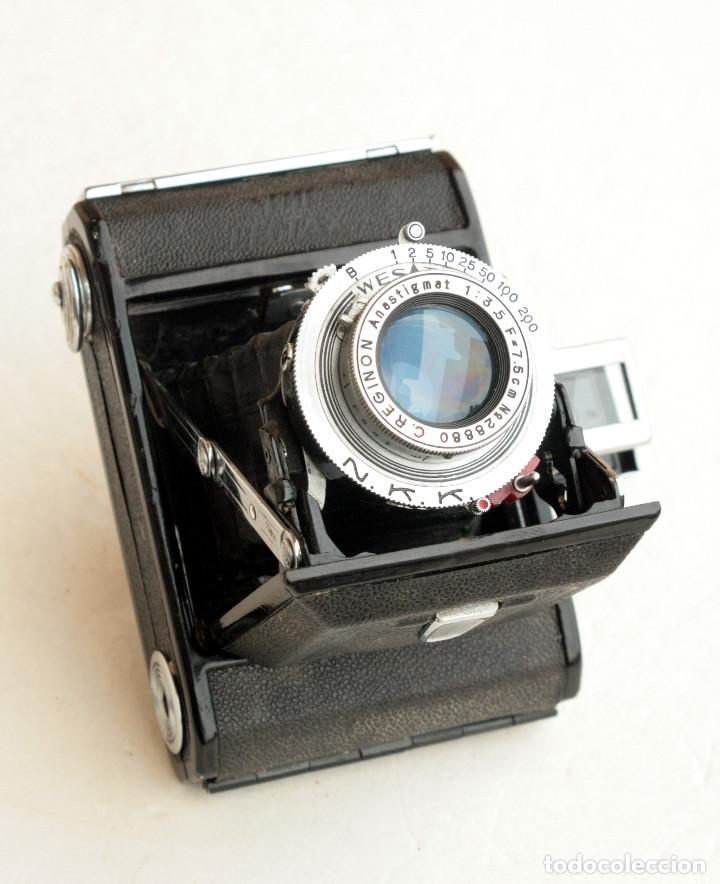 Cámara de fotos: *c1948* • Showa SEMI LEOTAX Reginon f3.5 obturador NKK • Formato medio folder 4,5x6 - Foto 7 - 105212147