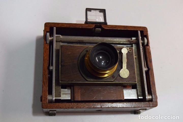 CÁMARA DE MADERA ESPECIAL. CON TAYLOR HOBSON SERIE III (Cámaras Fotográficas - Antiguas (hasta 1950))
