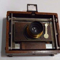 Cámara de fotos: CÁMARA DE MADERA ESPECIAL. CON TAYLOR HOBSON SERIE III . Lote 105815099