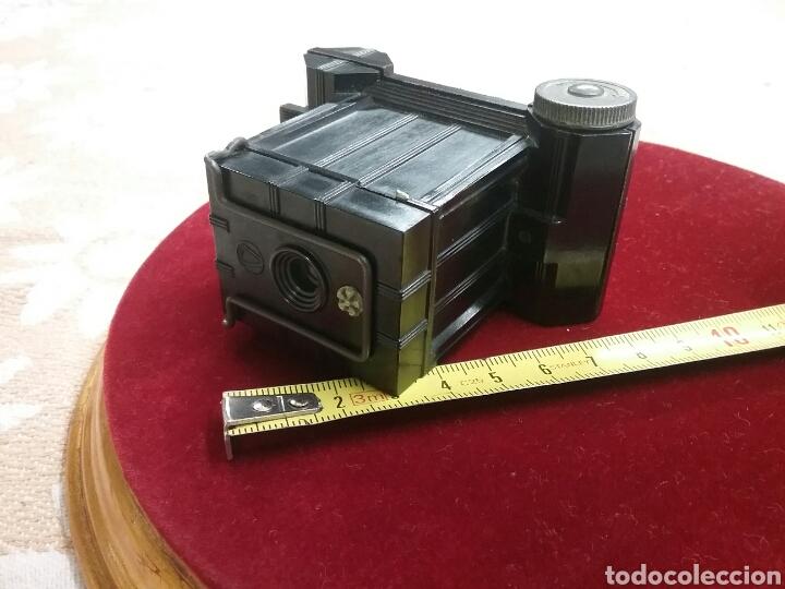 Cámara de fotos: Minicamara Univex, baquelita (años 1940). IMPECABLE. Mide 7cm x 9cm , estuche de cuero. - Foto 4 - 88265686