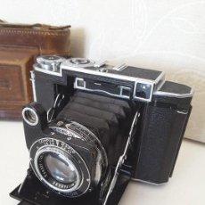 Cámara de fotos: ZEISS IKON SUPER IKONTA DE 1936. EXCEPCIONAL ESTADO.. Lote 109824195