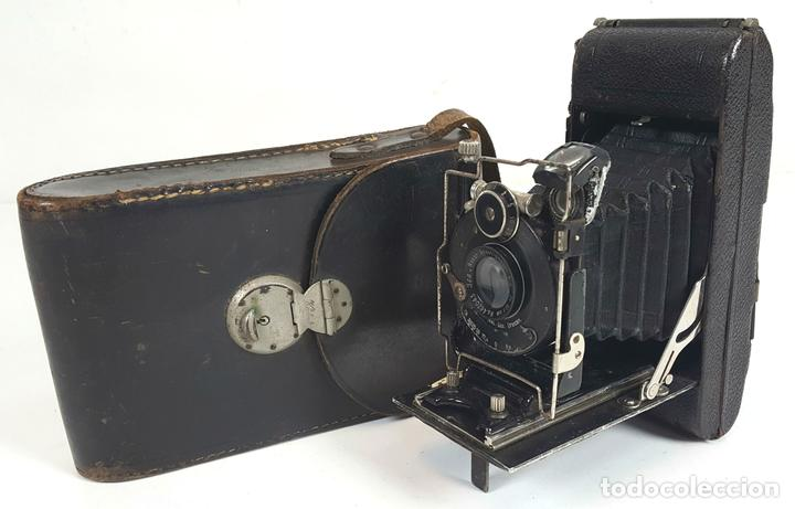 CAMARA DE FUELLE ZEISS IKON ICARETTE. DRESDEN. ALEMANIA CIRCA 1925. (Cámaras Fotográficas - Antiguas (hasta 1950))