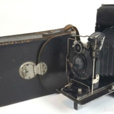 Cámara de fotos: CAMARA DE FUELLE ZEISS IKON ICARETTE. DRESDEN. ALEMANIA CIRCA 1925. . Lote 110181975