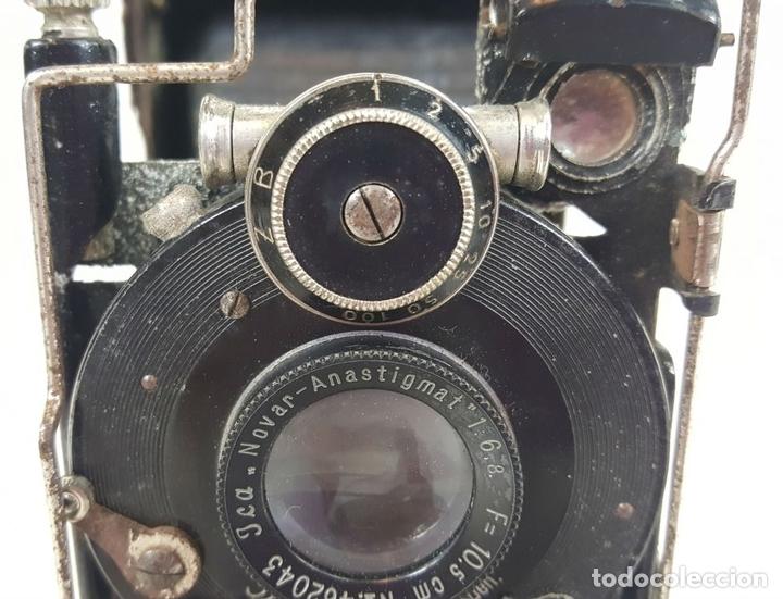 Cámara de fotos: CAMARA DE FUELLE ZEISS IKON ICARETTE. DRESDEN. ALEMANIA CIRCA 1925. - Foto 6 - 110181975