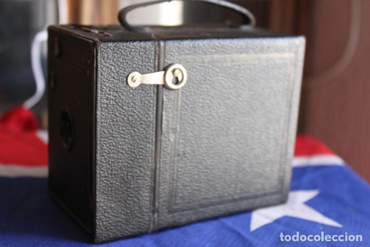 Cámara de fotos: BOX (KODAK?) 120 - Foto 4 - 110884575