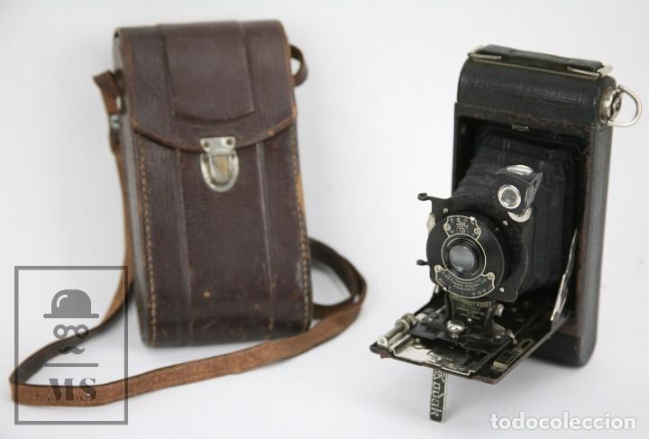 ANTIGUA CÁMARA FOTOGRÁFICA DE FUELLE - POCKET KODAK NO. 1 - FUNDA ORIGINAL - EASTMAN KODAK, AÑOS 30 (Cámaras Fotográficas - Antiguas (hasta 1950))