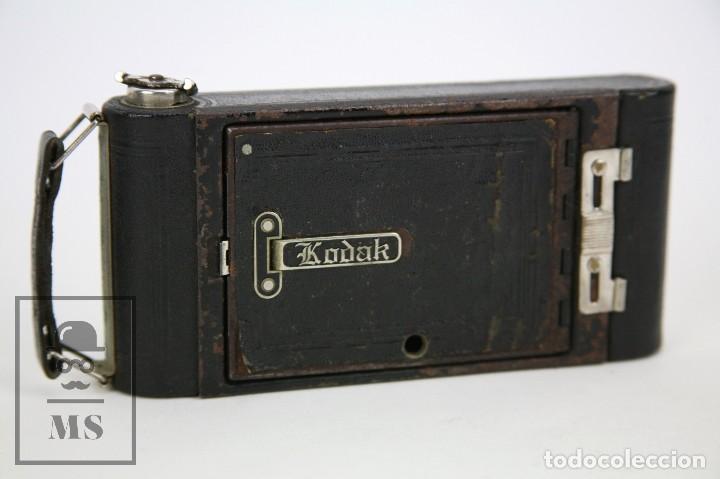 Cámara de fotos: Antigua Cámara Fotográfica de Fuelle - Pocket Kodak No. 1 - Funda Original - Eastman Kodak, Años 30 - Foto 13 - 111569403