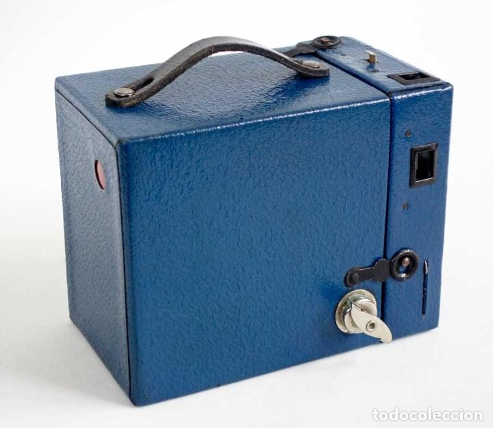 Cámara de fotos: MUY RARA CÁMARA BLUE CORONET BOX. FUNCIONA. AÑOS 30 - Foto 2 - 115167479