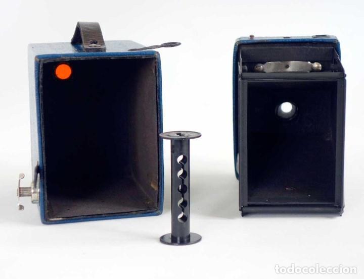 Cámara de fotos: MUY RARA CÁMARA BLUE CORONET BOX. FUNCIONA. AÑOS 30 - Foto 5 - 115167479