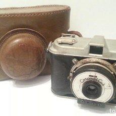 Cámara de fotos: ANTIGUA CÁMARA FOTOGRÁFICA CORONET CUB FLASH DE 1948. FABRICADA EN BIRMINGHAM. MUY MAL ESTADO. Lote 116732111