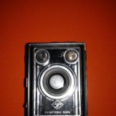 Cámara de fotos: AGFA SYNCHRO BOX. Lote 117988287