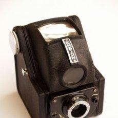 Cámara de fotos - *c1949* • ENSIGN FUL-VUE mod. II • formato medio 6x6 acero moldeado (Funda) - 119082683