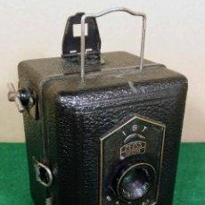 Cámara de fotos: ZEISS IKON BABY BOX 54/18 E. Lote 119887391