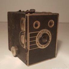 Cámara de fotos: KODAK SIX 20 PORTRAIT BROWNIE, INGLATERRA, 1.936-1.940, RARA !. Lote 125148551