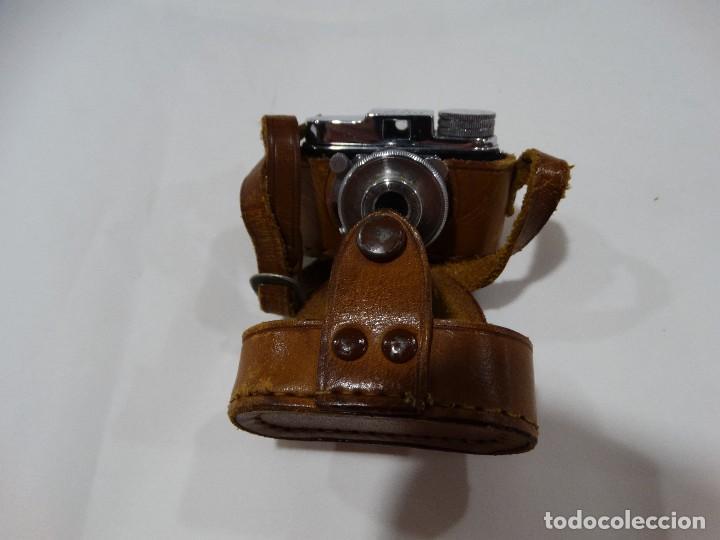 CÁMARA DE FOTOS ANTIGUA MYCRO -IIIA- AÑO 1952 APROX - ESTUCHE ORIGINAL CUERO. (Cámaras Fotográficas - Antiguas (hasta 1950))