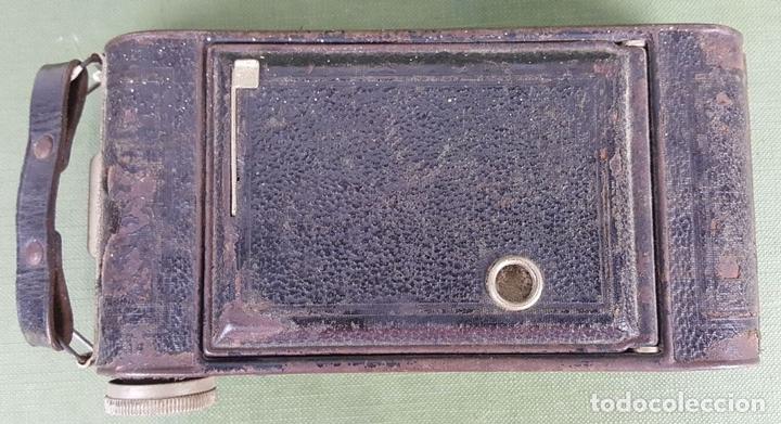 Cámara de fotos: CÁMARA FOTOGRÁFICA DE FUELLE KODAK. STUTTGART. ALEMANIA. CIRCA 1915. - Foto 7 - 127993719