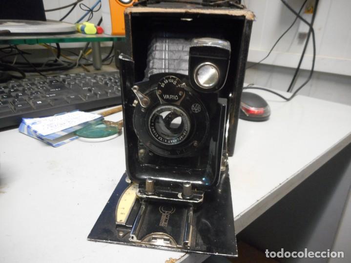 Cámara de fotos: antigua camara de fotos de fuelle vario con portafotografias - Foto 2 - 130602830
