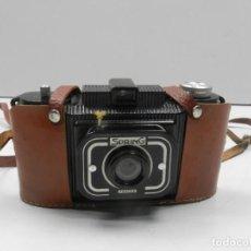 Cámara de fotos: CAMARA FOTOGRAFICA DE BAKELITA ' SPRING FRANCIA ' HACIA 1950, OJJETIVO RETRACTIL- PIEZA DE COLECCIÓN. Lote 131751458
