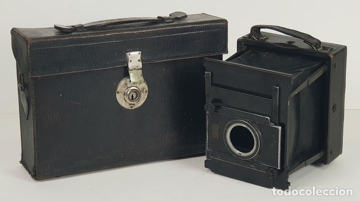 CAMARA FOTOGRÁFICA DE FUELLE. G.P. GOERZ ANGO. BERLIN. ALEMANIA. CIRCA 1900. (Cámaras Fotográficas - Antiguas (hasta 1950))