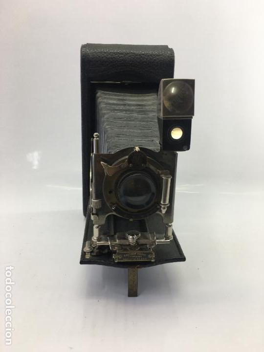 Cámara de fotos: MAQUINA FOTOGRAFICA DE FUELLE EASTMAN KODAK CO. PATD. JAN. 18 1910 - Foto 4 - 134944946