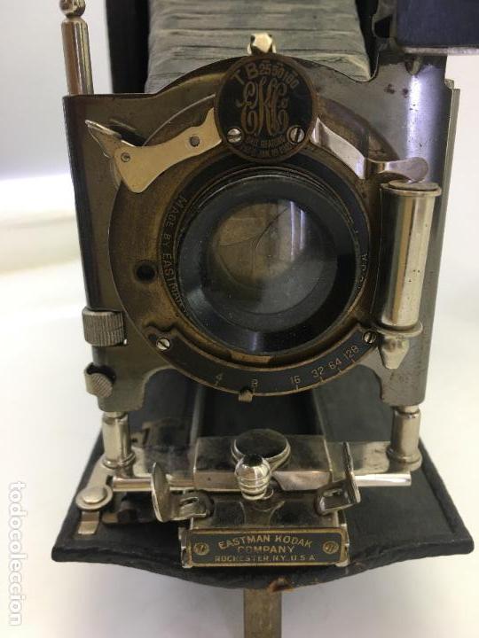 Cámara de fotos: MAQUINA FOTOGRAFICA DE FUELLE EASTMAN KODAK CO. PATD. JAN. 18 1910 - Foto 5 - 134944946