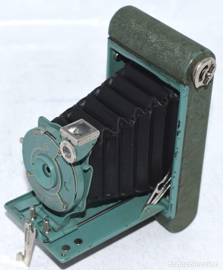 Cámara de fotos: PEQUEÑA JOYA EN COLOR VERDE..USA 1930..KODAK VEST POCKET RAINBOW HAWKEYE..MUY BUEN ESTADO..FUNCIONA - Foto 4 - 139083158