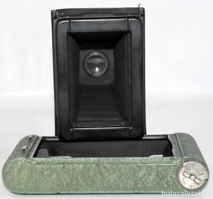 Cámara de fotos: PEQUEÑA JOYA EN COLOR VERDE..USA 1930..KODAK VEST POCKET RAINBOW HAWKEYE..MUY BUEN ESTADO..FUNCIONA - Foto 25 - 139083158