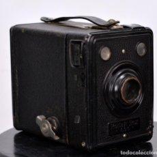 Cámara de fotos: KODAK BOX 620. Lote 139614646