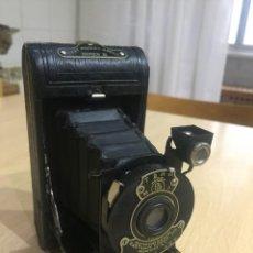 Cámara de fotos: VEST POCKET KODAK SERIE III. Lote 140108990
