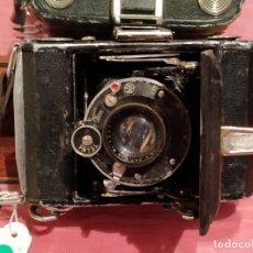 Cámara de fotos: ANTIGUA CÁMARA ZEISS IKON, DE FUELLE.. Lote 60505751