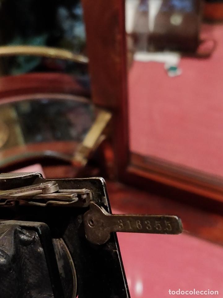 Cámara de fotos: Cámara de fuelle Easman Kodak 25 BT 50 de 1910 con funda de cuero marrón - Foto 8 - 141867838
