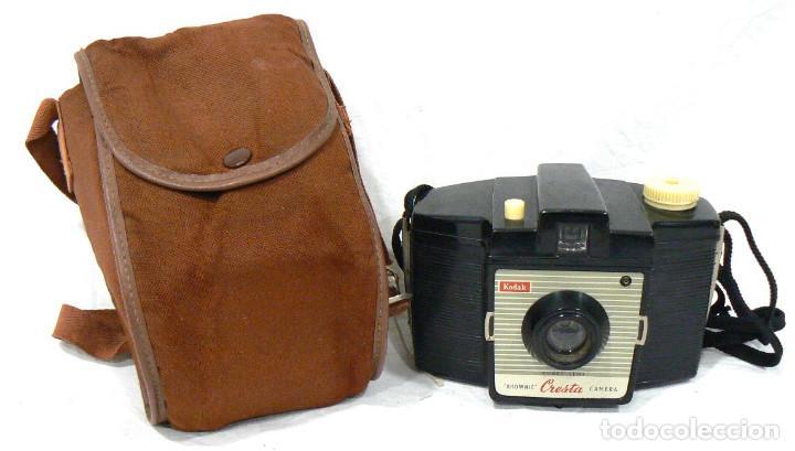 Cámara de fotos: Antigua cámara fotográfica Kodak Brownie Cresta + funda - Foto 2 - 142811370