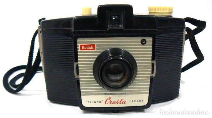 Cámara de fotos: Antigua cámara fotográfica Kodak Brownie Cresta + funda - Foto 3 - 142811370