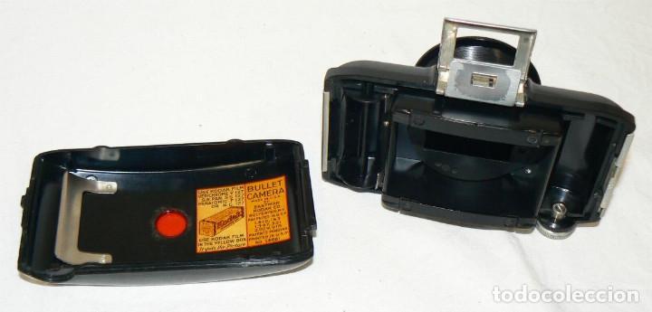 Cámara de fotos: Antigua y pequeña Cámara fotográfica Kodak Bullet .Para negativo 127 USA 1936 - Foto 6 - 142813246