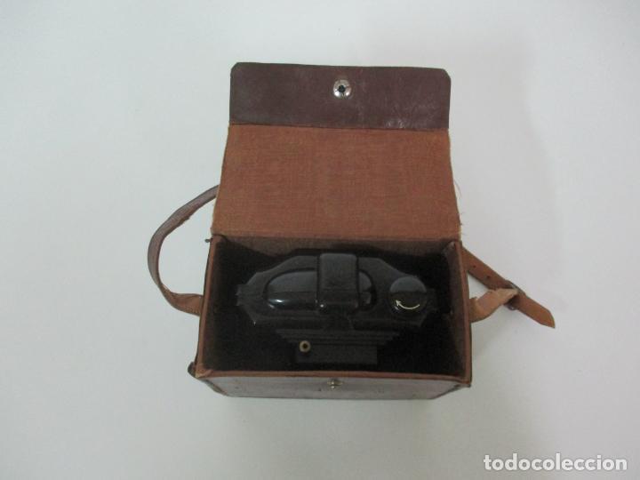 Cámara de fotos: Antigua Cámara Capta, Modelo 2 - Baquelita con Funda Original - Fabricada en Valencia - Foto 2 - 143358702