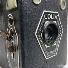 Cámara de fotos: ANTIGUA CÁMARA DE FOTOS GOLDSTEIN CON ESTUCHE DE CUERO GOLDY BOX FRANCIA 1947. Lote 144465068