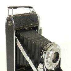 Cámara de fotos: CÁMARA FOTOGRAFICA KODAK STERLING II AÑO 1955. Lote 144940650
