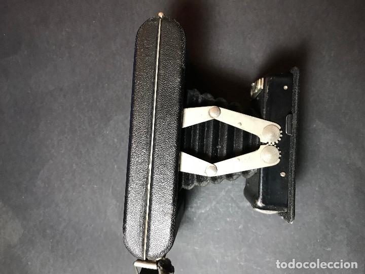 Cámara de fotos: Cámara fotográfica de fuelle Kodak Twindar Lens. Años treinta. - Foto 5 - 146543942