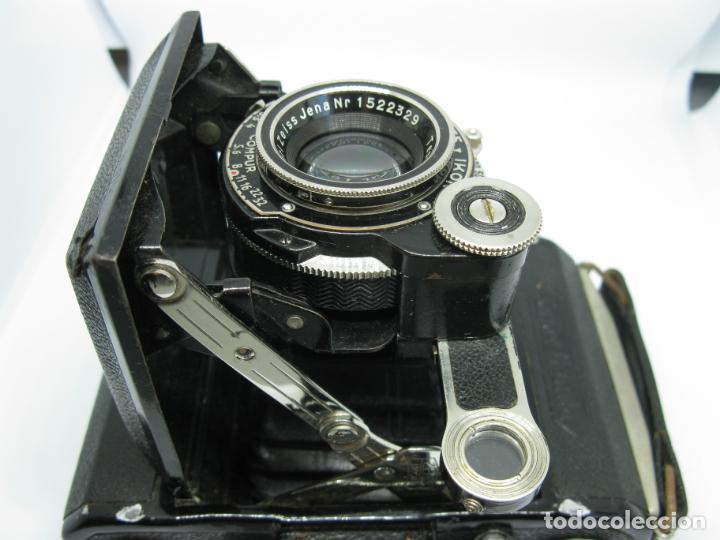 Cámara de fotos: Zeiss Super Ikonta de hacia 1935 - Foto 9 - 146884134