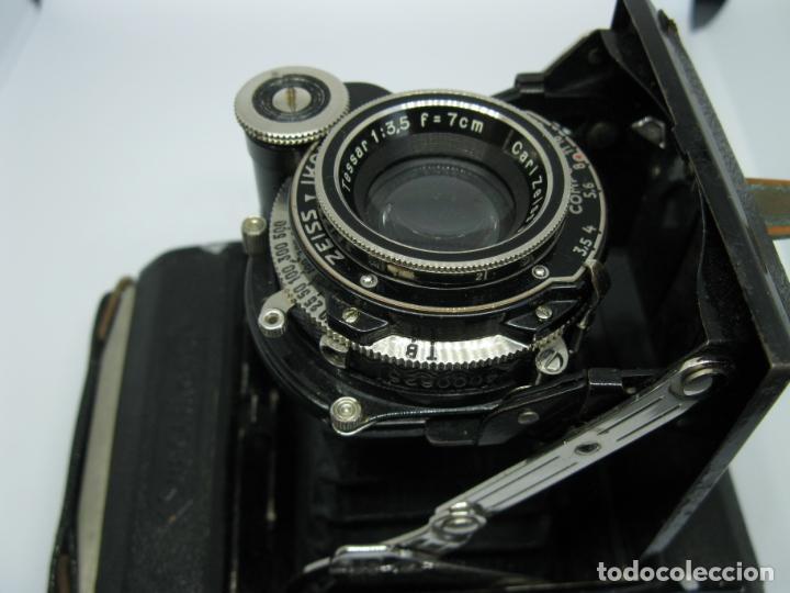 Cámara de fotos: Zeiss Super Ikonta de hacia 1935 - Foto 11 - 146884134