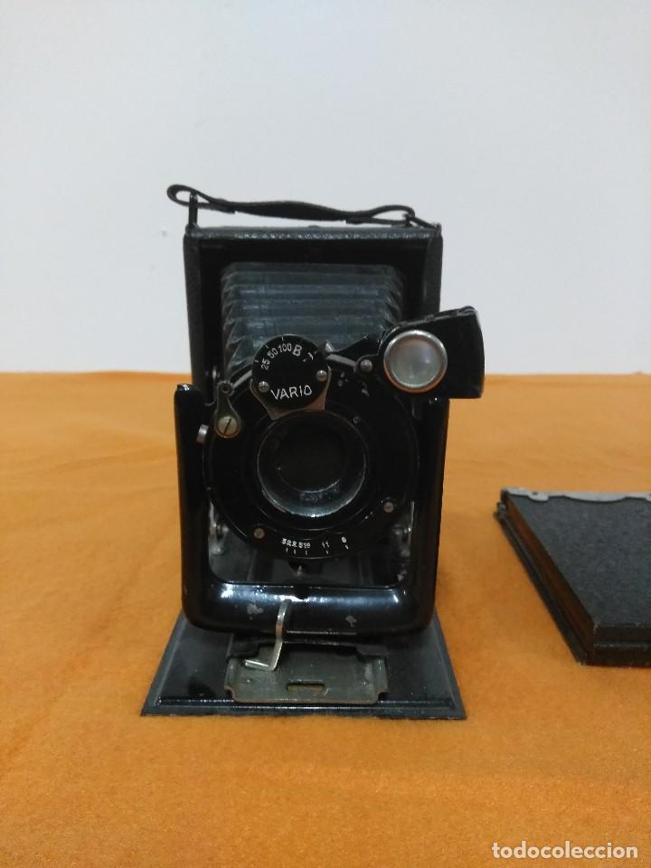 Cámara de fotos: antigua camara de fotos de fuelle vario con portafotografias de cajon - Foto 2 - 148807178