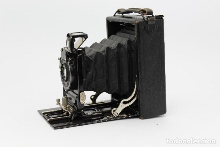 Cámara de fotos: Cámara Clásica: Ernemann HEAG I.Cámara de madera. Placas 6.5x9 cm. Alemania c1909-1926. - Foto 4 - 150146278